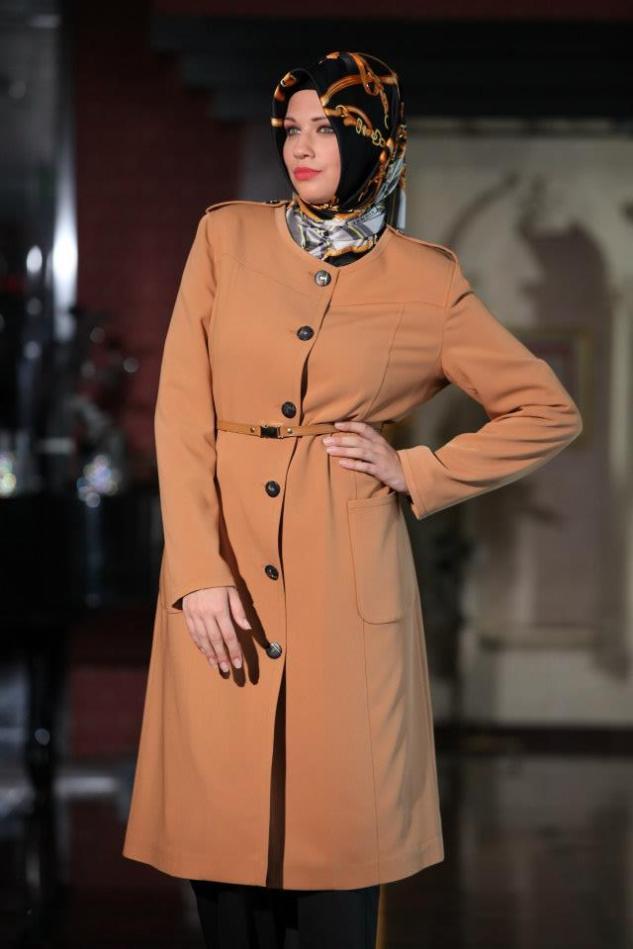 Curvy Hijabi