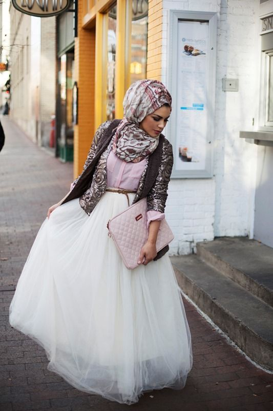Fashion friday long tulle skirts hijabi life for How to make a long tulle skirt for wedding dress